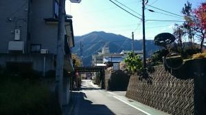 富士急行線ガード